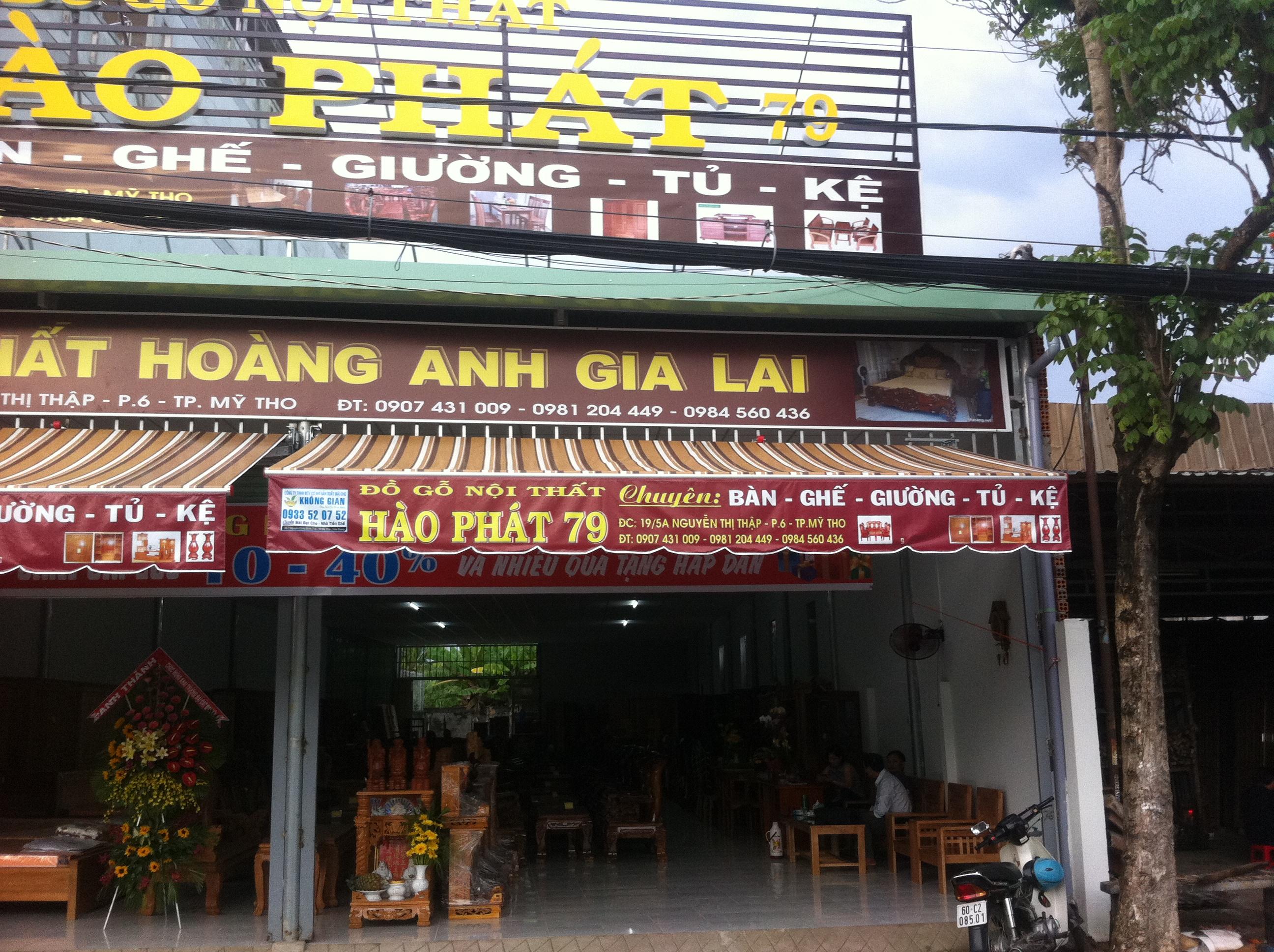 Mái Hiên Quảng Cáo Của Hàng Huyện Bình Tân Vĩnh Long