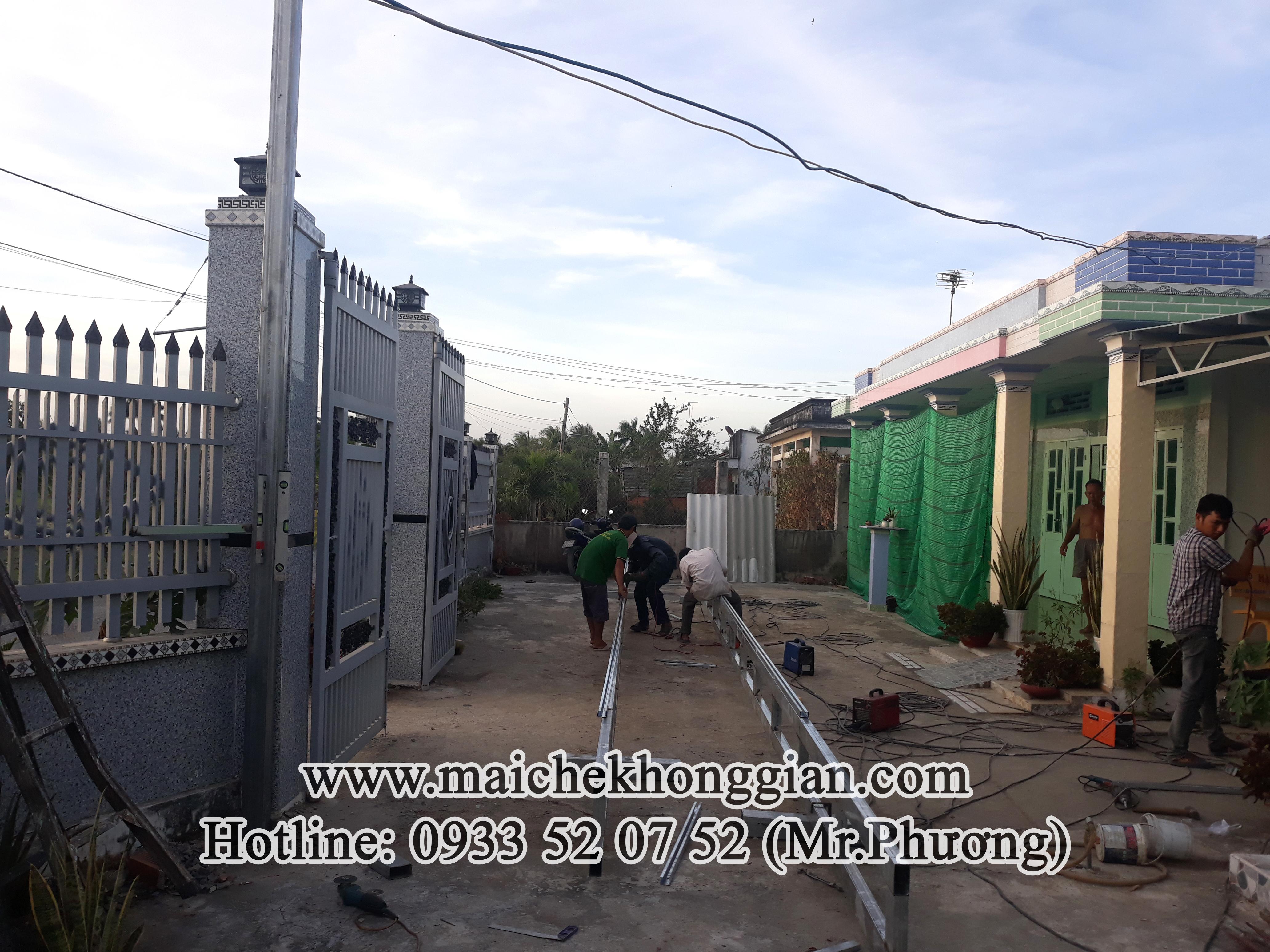 Mái Che Hiên Nhà Chợ Lách Bến Tre